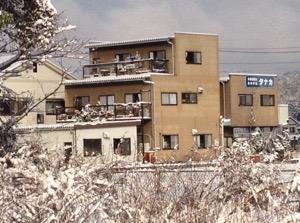 久しぶりの雪になりました